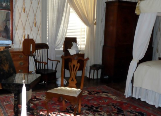 Physick House: bedroom