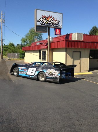 My Boys pizza: Blaine's races at Cottage Grove Speedway