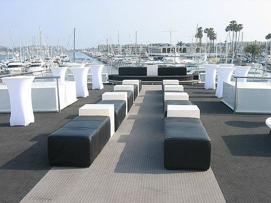 Hornblower Cruises U0026 Events: Lounge Furniture On Sundeck Of Endless Dreams