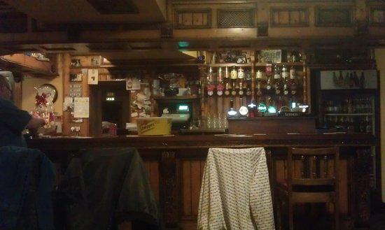 McLoughlins Bar: Well stocked...!!!
