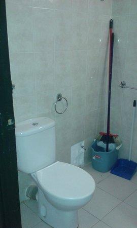 Apartments AR Melrose Place: Baño