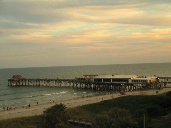 Best Western Cocoa Beach Hotel & Suites : View from our patio