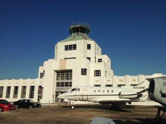1940 Air Terminal Museum: Houston Municipal Airport