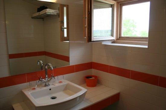 Centro de Turismo Rural Marialba: bathroom Marialba