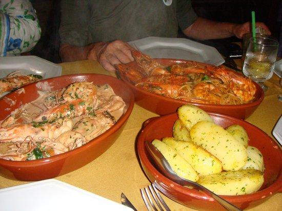 Dom Mario : Nossos prastos, todos com camarão!!!