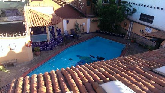 Americas Best Value Inn - Posada El Rey Sol: View of pool from upstairs patio.