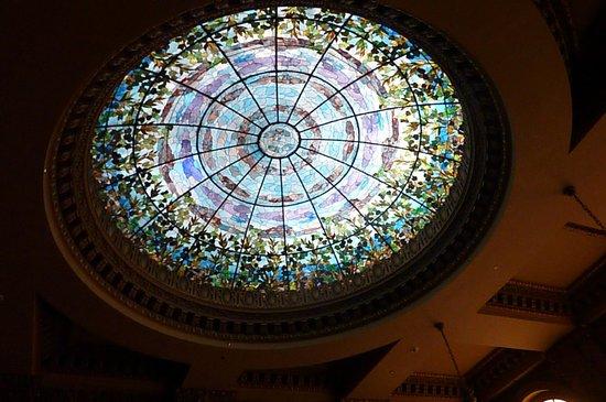 Camino Real El Paso: Tiffany glass dome