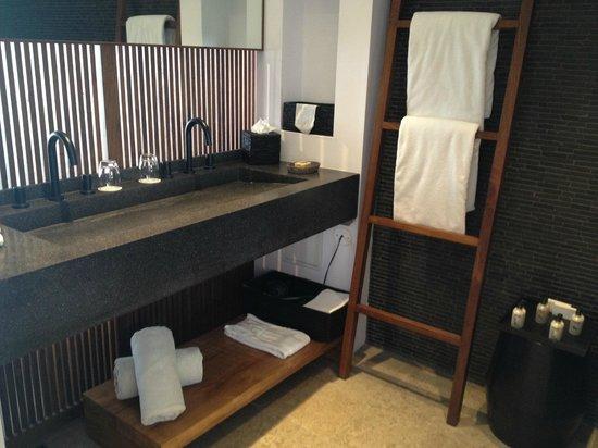 Christopher St Barth: bathroom jr terrace suite