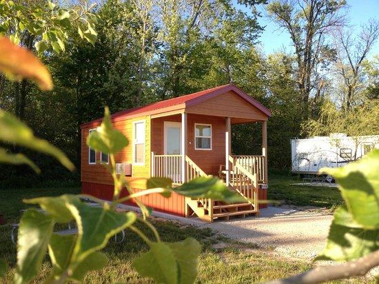 South Haven Yogi Bear's Jellystone Park™ Camp-Resort : Cindy's Cottage