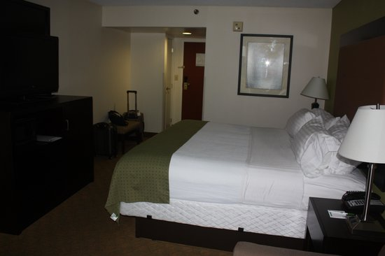 Holiday Inn Staunton Conference Center: Roomw 2