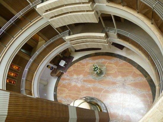 Safir Hotel: Atrium