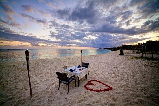 Yasawa Islands, ฟิจิ: Romantic Dinner