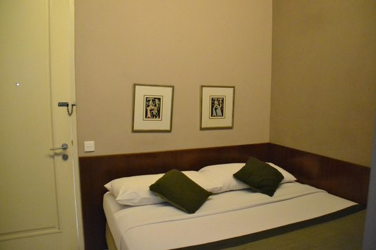 Tanaya Bed & Breakfast: Room for Double bed