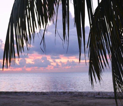 White Sands Inn: sunrise from beach area