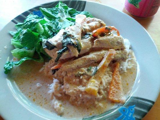 Nutcharee's Authentic Thai Food: Mahi Mahi Panang Curry