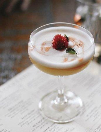 Hilltop Kitchen : Pisco Flower