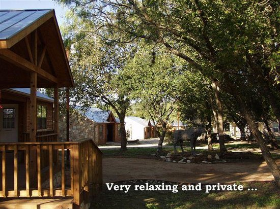 Bullwinkle's Lake Cabins : view from the checkin office