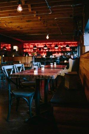 Hilltop Kitchen : Bar View
