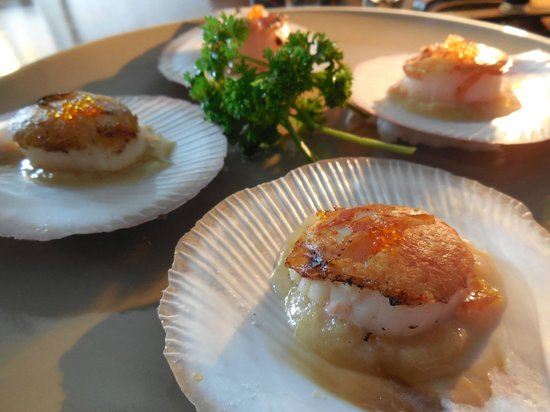 Haruka Japanese Cuisine: Grilled Hokkaido scallops with a miso butter sauce