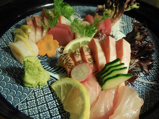Haruka Japanese Cuisine: Assorted Sashimi platter