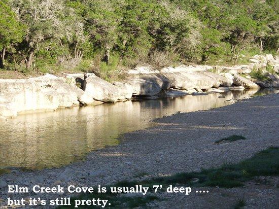 Bullwinkle's Lake Cabins : Elm Creek cove