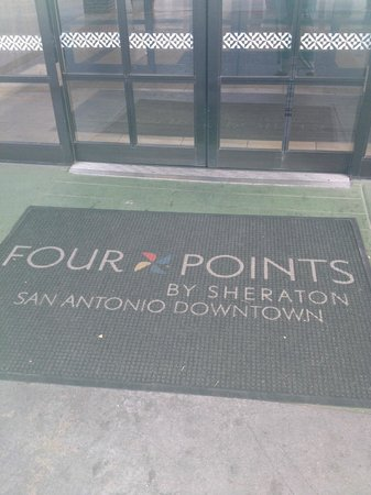 SpringHill Suites San Antonio Downtown/Riverwalk Area: The entrance