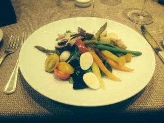 The Maine Dining Room: Salad Nicoise