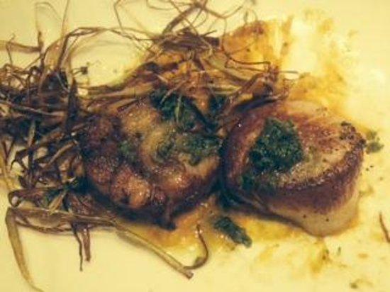 The Maine Dining Room: Jumbo Maine Scallops