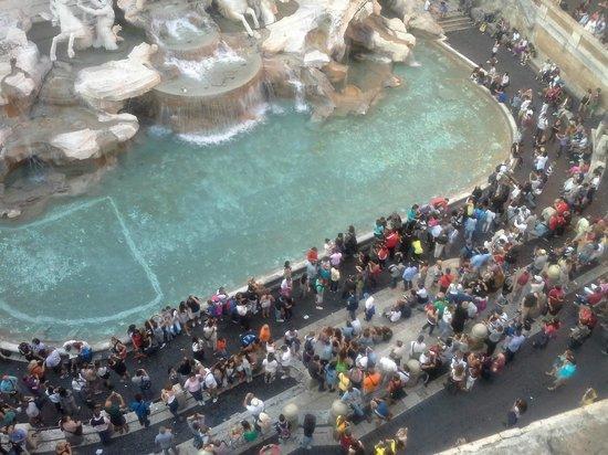Fontana Hotel : fontana desde el desayunador