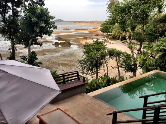 Kamalaya Koh Samui: View from beachside villa  - The tides are dramatic