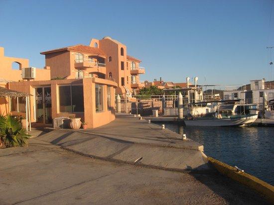 Club Hotel Cantamar: The Resort