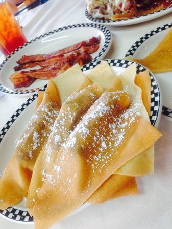 Bayside Skillet Crepe & Omelet : A lot to share