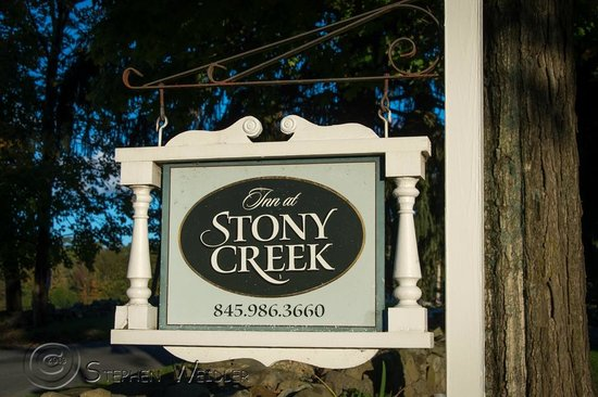 Inn at Stony Creek: Road Sign