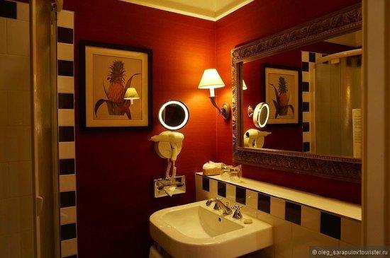 Hotel Kipling - Manotel Geneva: ванная
