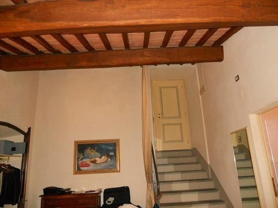 Relais Badia di Campoleone: loved our room