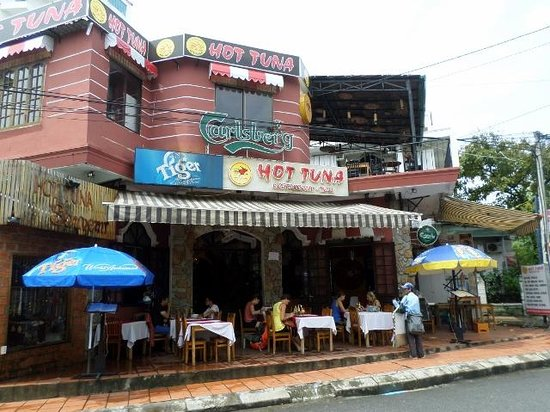 Hong Thien Hotel 1: hot tuna bar