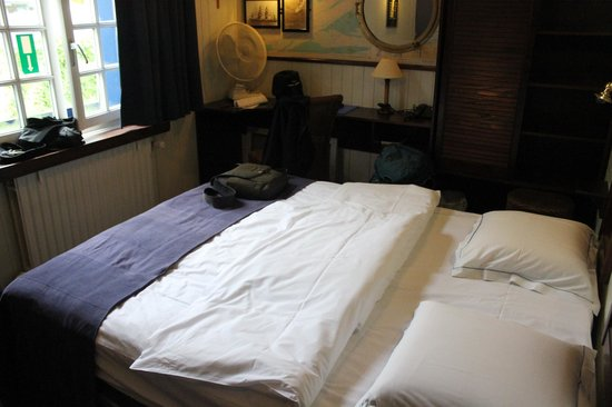De Barge Hotel : Double cabin with private bath