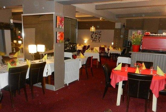 La table pr par e par mme m gnien picture of les jardins - Restaurant le bureau villeneuve d ascq ...