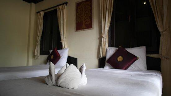 Phasith Guesthouse: ห้องนอน