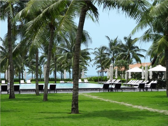 Boutique Hoi An Resort : Beautiful tropical garden
