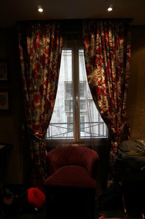 Hotel De Buci by MH : Look through any window, Yeah!
