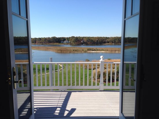 Seatuck Cove House Waterfront Inn: View from dune road room with French doors open