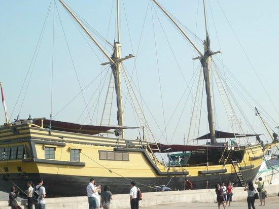 Sunda Kelapa Harbour: Pelabuhan Sunda Kelapa