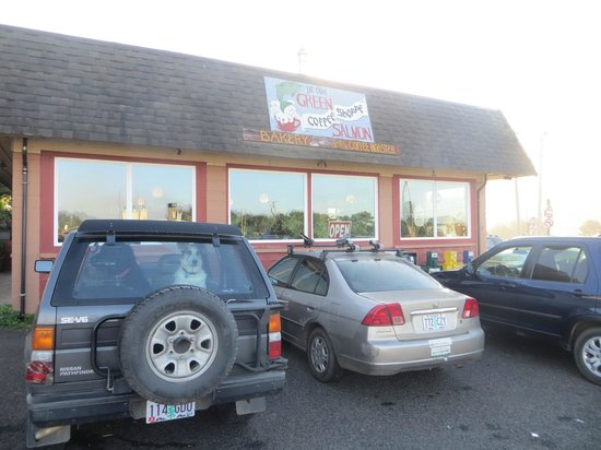Green Salmon Coffee Shop: Green Salmon