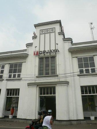 Jakarta Old Town : Top Jaya