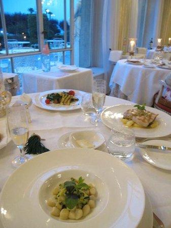 Grand Hotel des Iles Borromées & SPA : dining