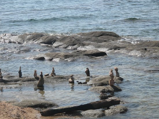 Plage de Palombaggia: Palombaggio beach, secluded rocky place at the edge of the beach