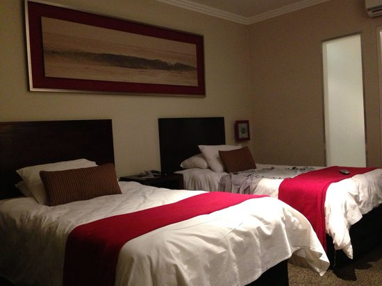 Birchwood Hotel: Twin double