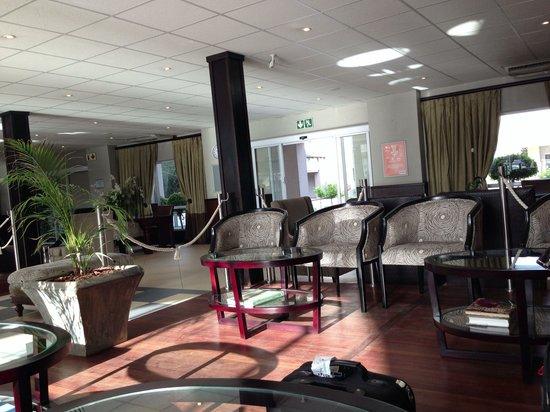 Birchwood Hotel: Lobby