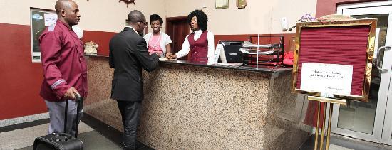 Etal Hotel and Halls: Reception